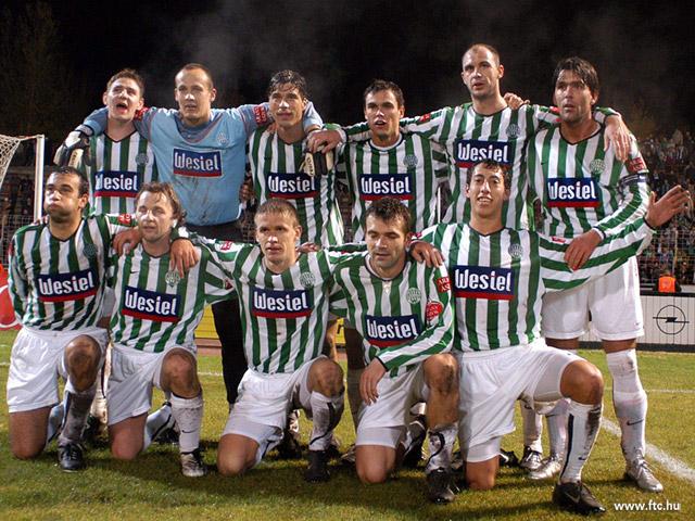 csapatkep-2004