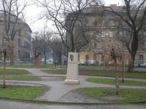 Kálvária-posztamens_Kocsis-2