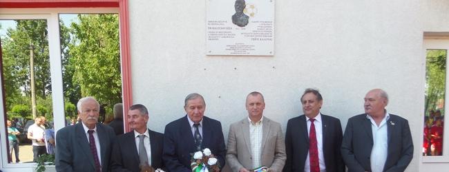 Emléktáblát avattak dr. Kalocsay Géza tiszteletére