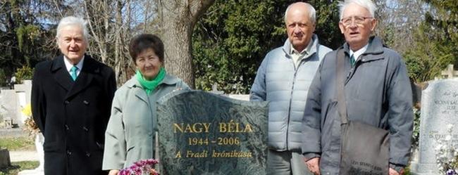 Nagy Béla sírjánál