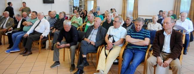 Közgyűlésről közgyűlésre